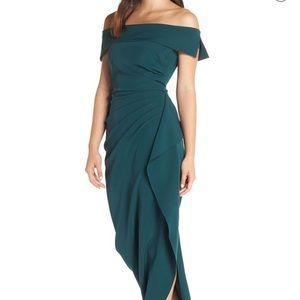 Green Vince Camuto Gown
